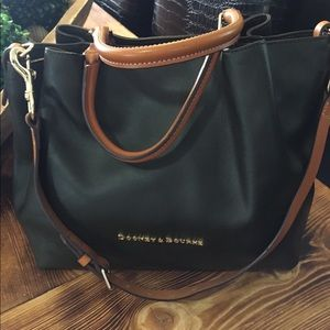 Dooney and Bourke Forest green city Barlow 😍
